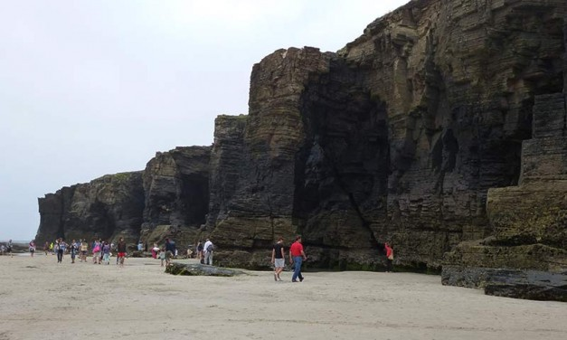 Playa de Las Catedrales – As Catedrais